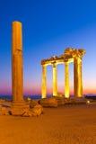 Ruínas velhas no lado, Turquia no por do sol Fotos de Stock
