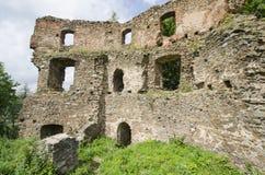 Ruïne van het gotische kasteel Cimburk Stock Foto