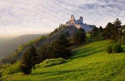 Ruïne van kasteel Cachtice royalty-vrije stock foto's