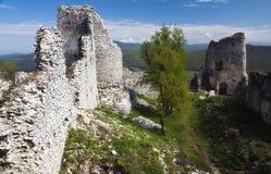 Ruïne van kasteel Gymes stock fotografie