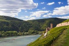 Ruïne van middeleeuws kasteel Ehrenfels royalty-vrije stock afbeeldingen