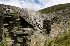 Ruïne van steenplattelandshuisje, het Verenigd Koninkrijk royalty-vrije stock afbeelding