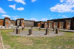 Ruïnes in Pompei na wordt begraven door vulkaan in 79AD in Italië, Europa stock afbeeldingen