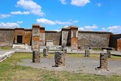 Ruïnes in Pompei na wordt begraven door vulkaan in 79AD in Italië, Europa stock foto's