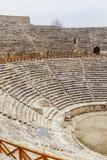 Ruïnes van amfitheater van Hierapolis, in Pamukkale, Turkije royalty-vrije stock foto