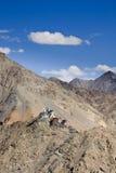 Ruïnes van boeddhistisch klooster in de bergen van Himalayagebergte, India Royalty-vrije Stock Fotografie