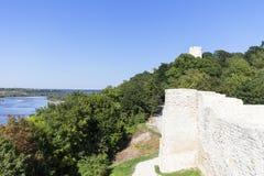 Ruïnes van 14de eeuw Kazimierz Dolny Castle, verdedigingsvestingwerk, Polen royalty-vrije stock afbeelding