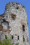 Ruïnes van de 15de eeuw middeleeuws kasteel, Tenczyn-Kasteel, Rudno, Polen royalty-vrije stock foto