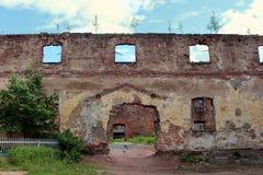 Ruïnes van de Oude Kathedraalkerk in Vyborg Stock Afbeelding