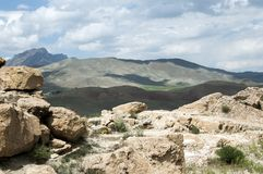 Ruïnes van de oude vesting van Chavushtepe stock foto