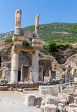 Ruïnes van Domitian Square, Ephesus, Turkije Stock Afbeeldingen
