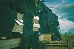 Ruïnes van een geruïneerde oude grote fabriek Stock Foto