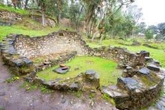 Ruïnes van een Huis in Kuelap, Peru stock foto