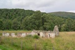 Ruïnes van een loods Royalty-vrije Stock Afbeeldingen
