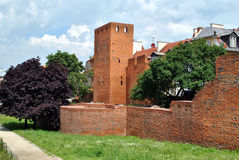 Ruïnes van een oude kasteelvesting Royalty-vrije Stock Foto's