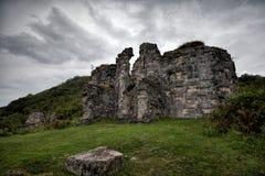 Ruïnes van een oude kerk van Bzyb in de Republiek Abchazië Royalty-vrije Stock Foto's