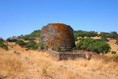 Ruïnes van een voorhistorische nuraghe Stock Afbeelding