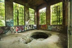 Ruïnes van elektropost op Hockanum-Rivier in Manchester, Connecticut Stock Fotografie