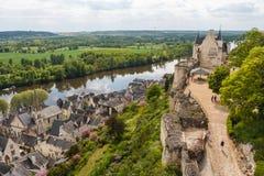 Ruïnes van het Chinon-kasteel Stock Foto's