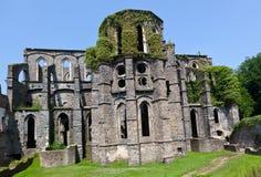 Ruïnes van het Koor van de kerk in de Abdij van Villers-La Ville, België Stock Foto
