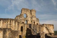 Ruïnes van het middeleeuwse Larochette-kasteel stock afbeeldingen
