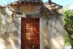 Ruïnes van huis Stock Afbeeldingen