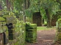 Ruïnes van jesuitopdrachten San Ignace mini in misiones in Argentinië royalty-vrije stock afbeeldingen