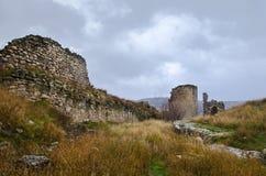Ruïnes van kasteel Stock Foto's