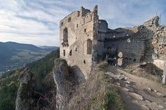 Ruïnes van kasteel Lietava stock foto's