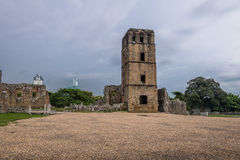 Ruïnes van Kathedraaltoren bij de Ruïnes van Panama Viejo - de Stad van Panama, Panama Royalty-vrije Stock Fotografie