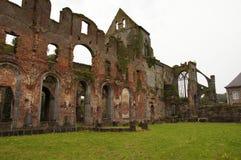 Ruïnes van oud kasteel Royalty-vrije Stock Afbeelding