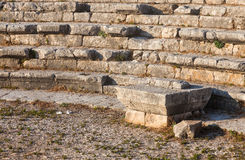 Ruïnes van oud Roman theater in Libanon Stock Foto