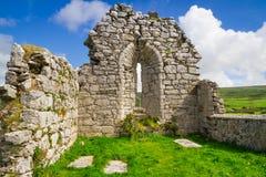 Ruïnes van oude abdij in Co. Clare Stock Afbeelding