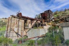 Ruïnes van oude faciliteiten van kwik productie, Almaden-het Park van de Kwikprovincie, baai de Zuid- van San Francisco, Californ royalty-vrije stock foto