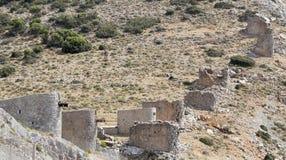 Ruïnes van oude Venetiaanse ingebouwde windmolens 15de eeuw, Lassithi-Plateau, Kreta, Griekenland royalty-vrije stock afbeeldingen
