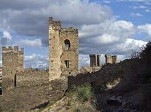 Ruïnes van oude vesting. Stock Afbeelding