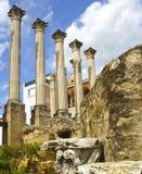 Ruïnes van Roman Temple in Cordoba, Spanje Stock Afbeeldingen