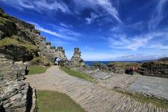 Ruïnes van Tintagel-Kasteel, Cornwall, Engeland, het UK Stock Afbeeldingen