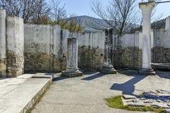 Ruïnes van vroeg 10de eeuw om Kerk van St John dichtbij de hoofdstad van het Eerste Bulgaarse Imperium Grote Preslav Royalty-vrije Stock Foto's