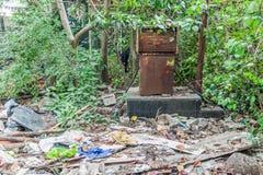 Ruïnes van vroeger benzinestation in Kolkata, Ind. royalty-vrije stock foto's