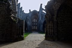 Ruïneskerk Abbey Villers la Ville, België stock fotografie