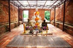 Ruïnetempel in Wat Khun Inthapramun van Angthong-Provincie Thailand Royalty-vrije Stock Foto