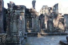Ru?nas antigas em Cambodia Arte arquitetónica de Ásia medieval Edif?cio abandonado fotografia de stock