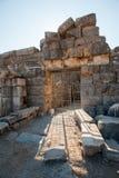 Ru?nes van de oude stad Ephesus, de oude Griekse stad in Turkije, in een mooie de zomerdag royalty-vrije stock foto