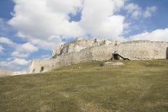 Ru?nes van middeleeuws kasteel royalty-vrije stock foto's