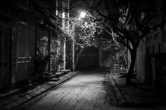 Rua abandonada em Hanoi, Vietname imagens de stock
