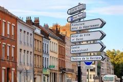 A rua assina dentro Lille, França Fotos de Stock