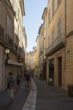 Rua Bédarrides, Aix-en-Provence, França Fotos de Stock Royalty Free