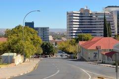Rua, cena, Windhoek, Namíbia imagens de stock royalty free