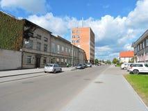 Rua da cidade de Silute, Lituânia Fotografia de Stock